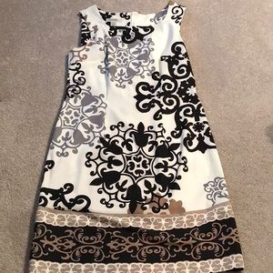 Pretty sleeveless dress
